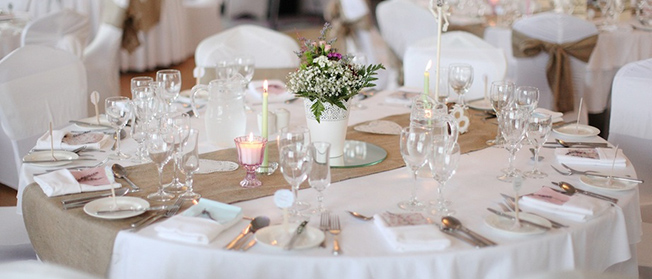 hessian table runner, perfect for weddings